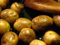 nikujaga fry the potatoes