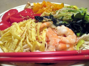 This version looked so gorgeous with pink shrimp, green zucchini and bean sprouts, orange peppers, golden thin omelette strips, black wakame, and possibly the last of our ripe red homegrown tomatoes.
