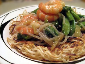 Fried Chuka Soba with Seafood and Vegetables