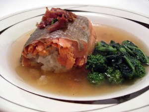 Salmon Steamed with Sweet Rice