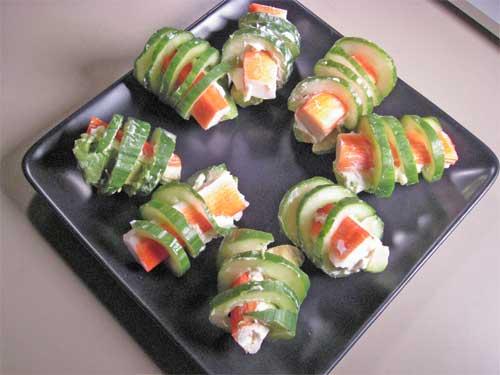 Cucumber curls tess 39 s japanese kitchen - Decoratie snack ...