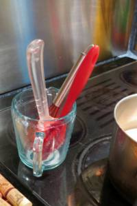 whisk and spatula_6126